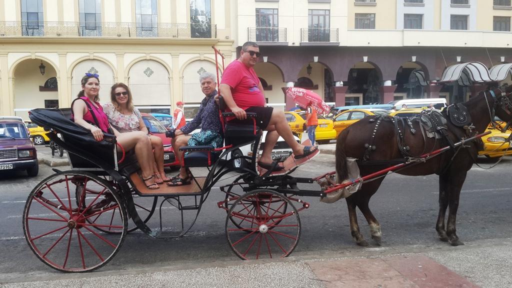 Cu trăsura prin Havana - Cuba